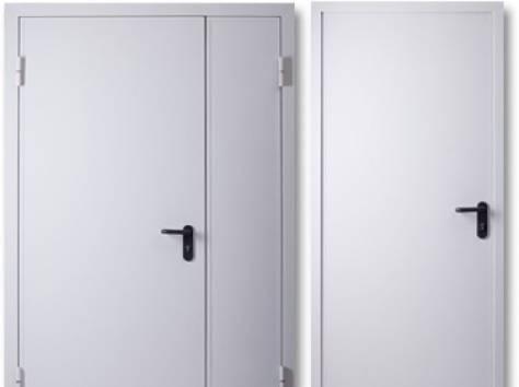белые металлический двери